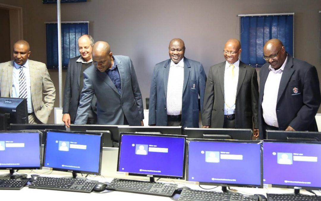 MTN SA Foundation donates 40 computers to Univen