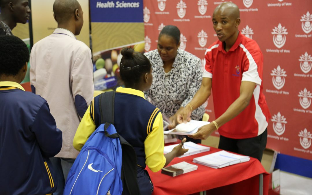 South African prospective students can now apply online for 2018 academic year at the University of Venda