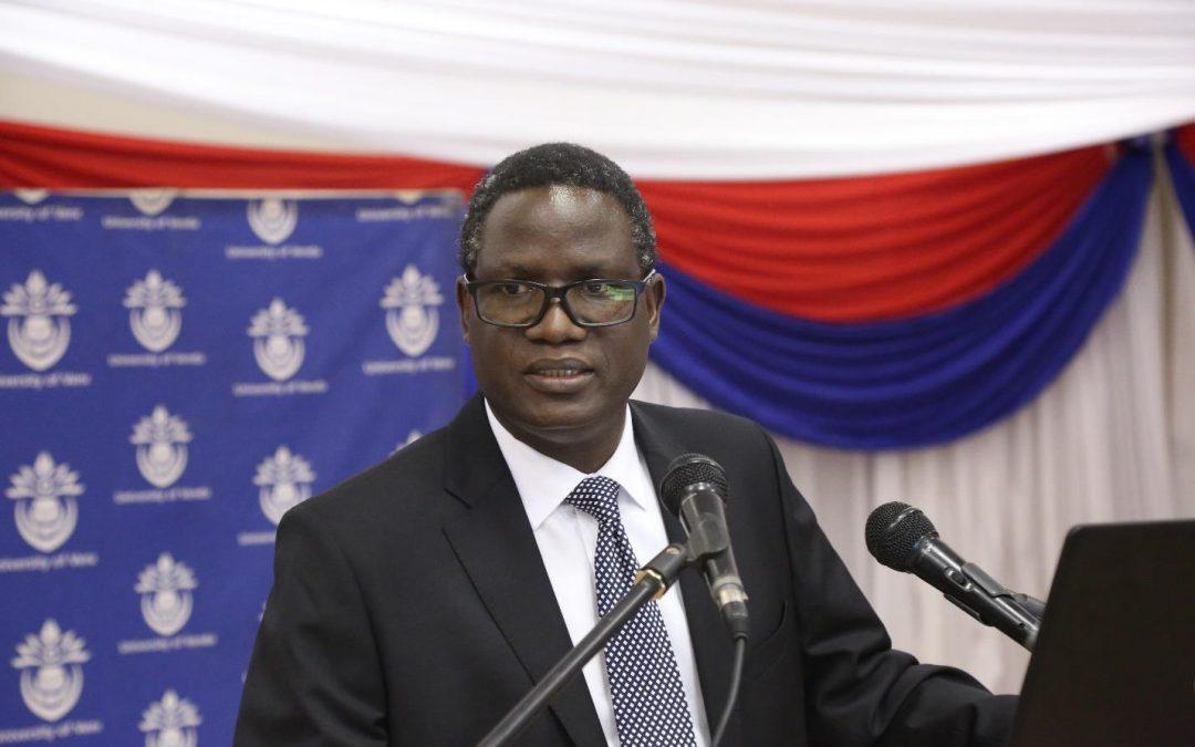 Dr Bernard Nthambeleni is Univen's new Vice-Chancellor and Principal