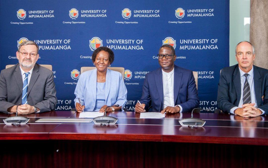 Universities of Venda and Mpumalanga sign MoU