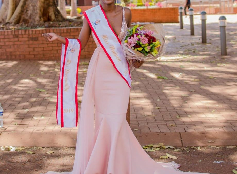 Tshepang and Mukondeleli were crowned Mr and Miss UNIVEN 2019