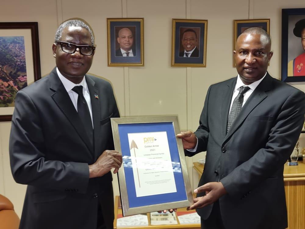 UNIVEN earns a Golden Arrow award following PMR. africa Limpopo Provincial Survey